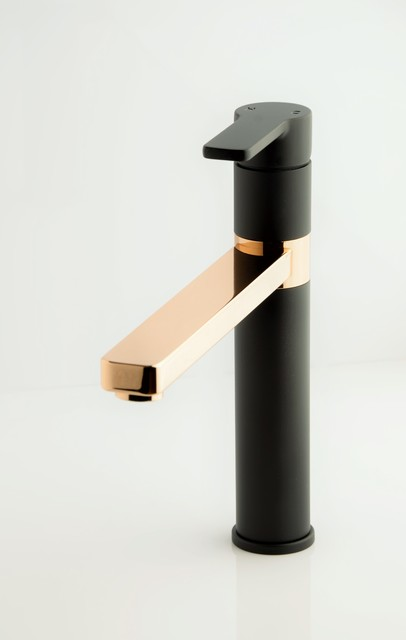 Faucet strommen matte black and rose gold modern for Gold bathroom sink taps