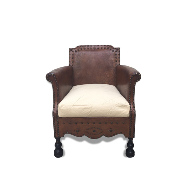 fauteuil en cuir clout 1930 r tro fauteuil other metro par brocante lab. Black Bedroom Furniture Sets. Home Design Ideas