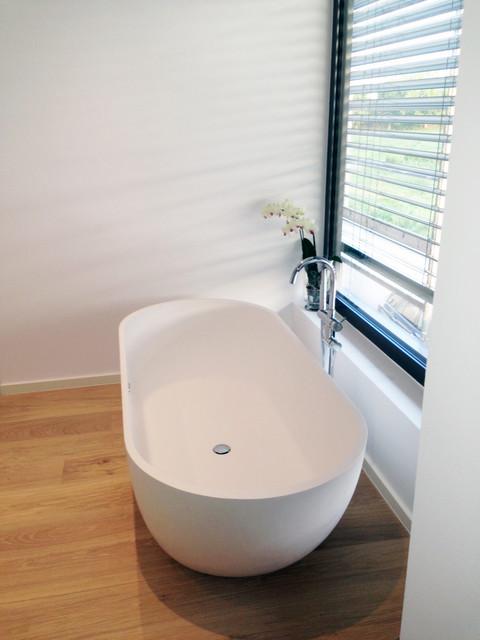 freistehende badewanne bw 02 l modern badewanne. Black Bedroom Furniture Sets. Home Design Ideas
