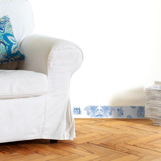 plinthe toile de jouy classique chic peinture et. Black Bedroom Furniture Sets. Home Design Ideas