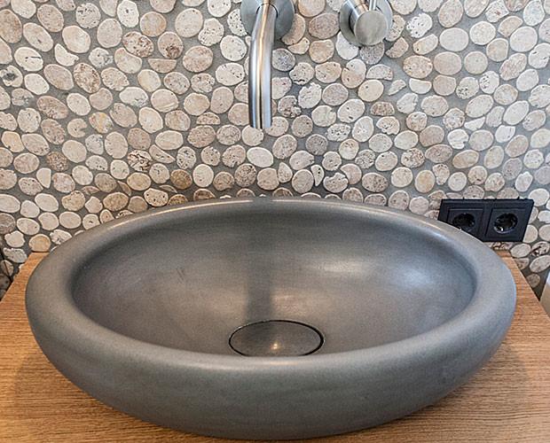 waschtische und waschbecken aus beton in feldkirch. Black Bedroom Furniture Sets. Home Design Ideas