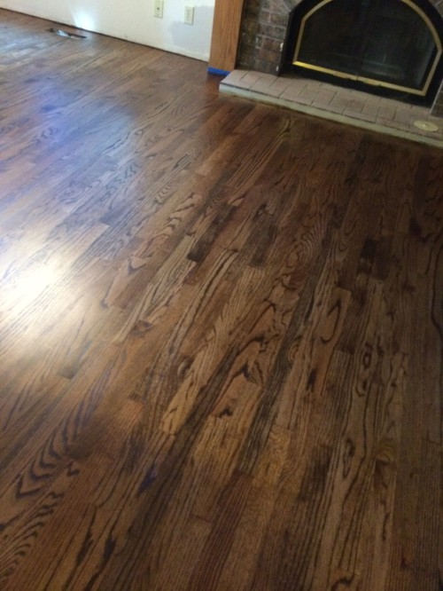 Red oak hardwood floor stain colors wood floors for Hardwood floor colors