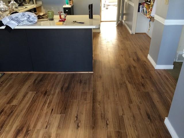 Quality 12mm Handscraped Laminate Flooring rustic-laminate-flooring