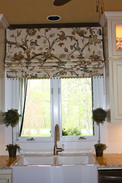 Hanging In Style Designs Traditional Roman Shades