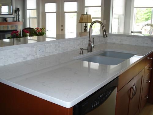 Carrara Grigio Quartz Slab
