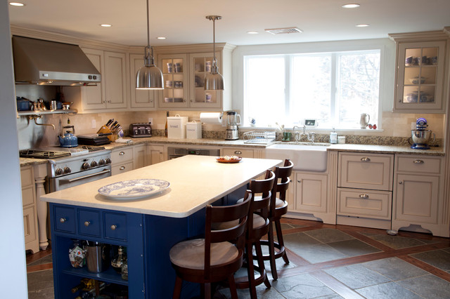 New Kitchen Yonkers Ny Traditional Kitchen Cabinetry New York By The Kitchen Loft