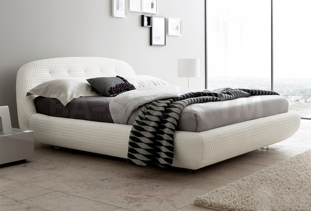 Palmer Upholstered Bed White Queen