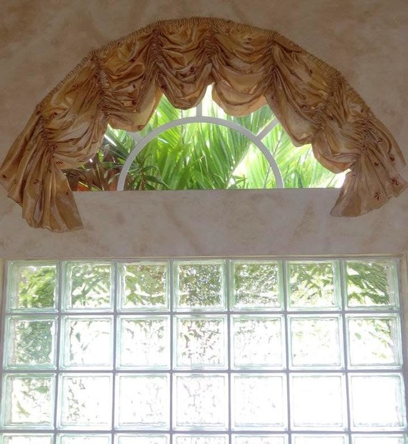 Traditional Window Treatments Living Room: * Traditional Window Treatments. Swags, Jabots, Tassels