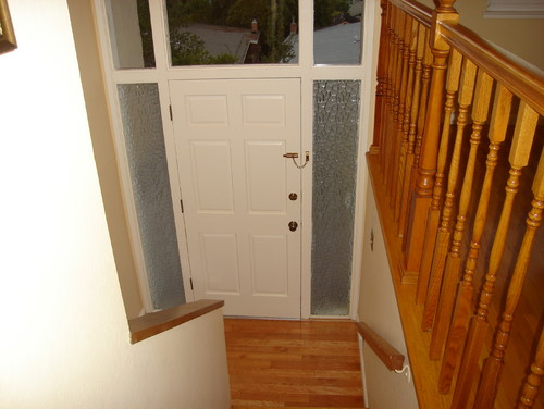 How should i decorate my tiny entry way in my split entry - How should i decorate my small bedroom ...