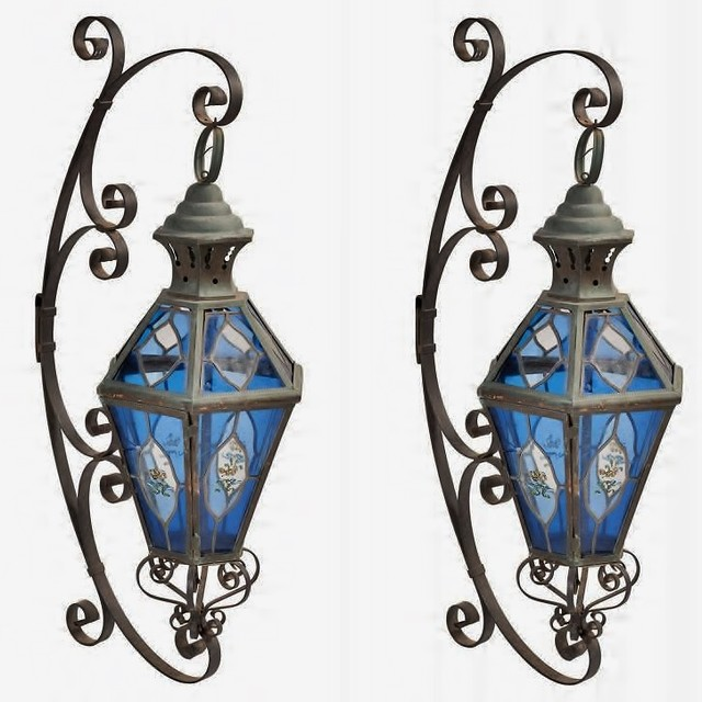 Wall Lights, Brackets and Lamps - Traditional - Outdoor Wall Lights And Sconces - other metro ...