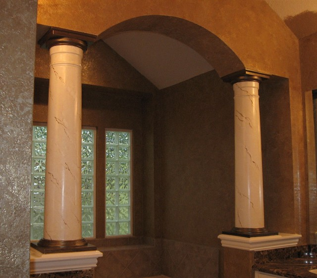Marble Column Wall : Master bath with faux marble columns traditional