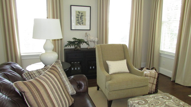 Sophisticated Transitional Home Design