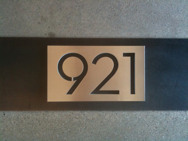 Modern House Numbers Plaques Modern Exterior