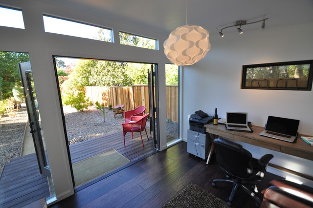 Home office studio sheds for Build your own backyard office