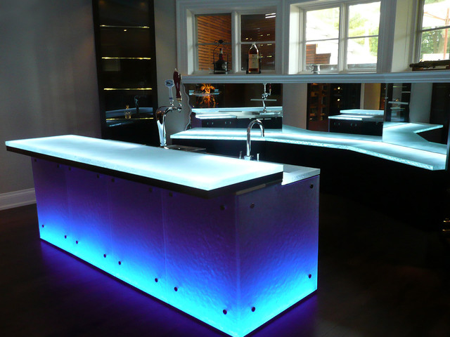 Glass bar top - Contemporary - Kitchen Countertops - toronto - by CBD Glass Studios