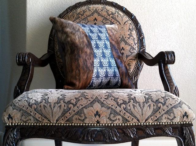 Gambrell Renard Cowhide Pillows 20
