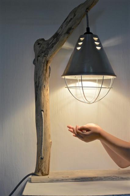 fabrication de lampes en bois flott bord de mer other. Black Bedroom Furniture Sets. Home Design Ideas