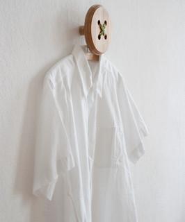 Knopf knopf haken modern kleider wandhaken other - Wandhaken knopf ...