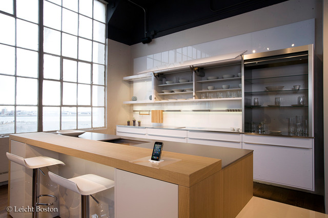 Boston design center showroom for Kitchen design showrooms boston