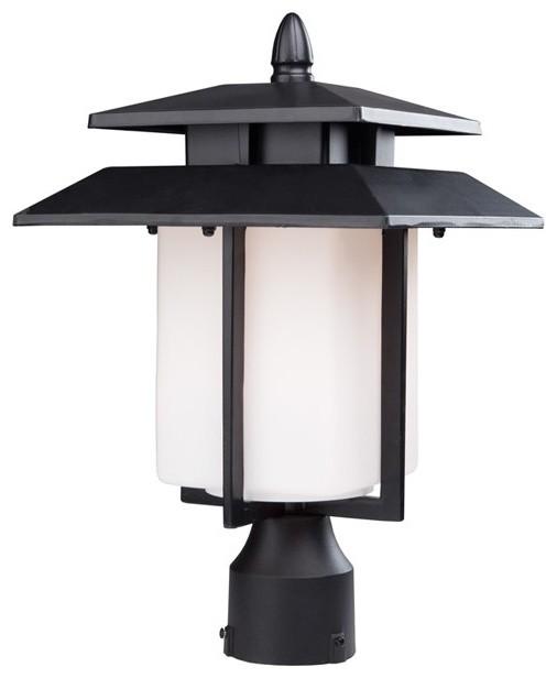 Bayshore 1 Lt Outdoor Post Light Modern Post Lights By LBC Lighting