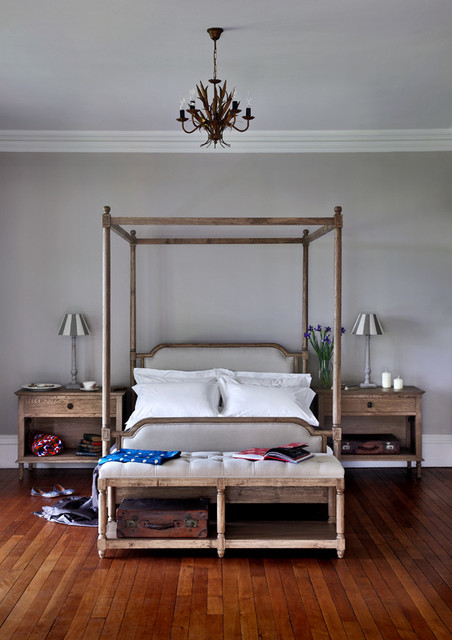 Four poster bed traditional four poster beds by blue for Traditional four poster beds