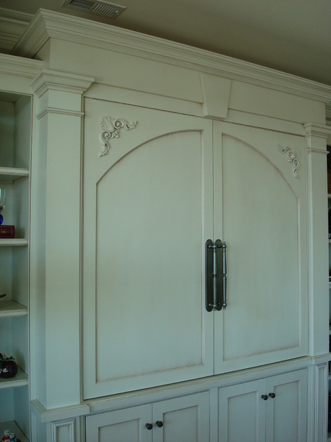 Features And Design Elements Transitional Raleigh By
