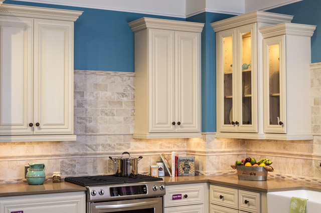 Victoria ivory kitchen cabinets traditional baltimore for Cabinets to go