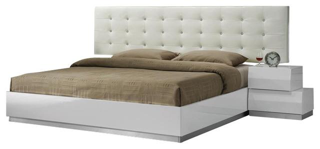 Spain bedroom set collection queen 5 piece bedroom set for Bedroom furniture spain