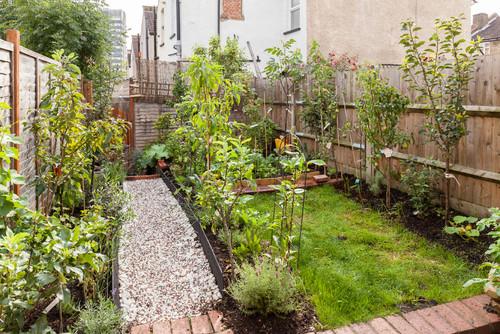 Small Urban Backyard Gardens : The GAIA Health Blog Making Health, Holistic Lifestyle, and Nutrition