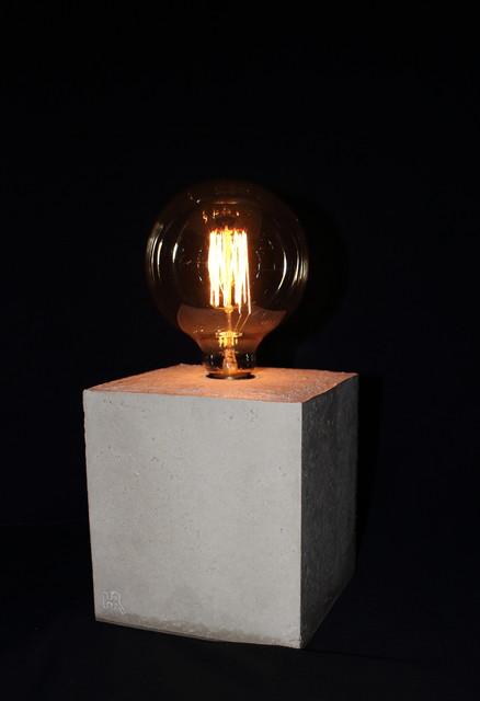 Alea l beton tischleuchte industriel lampe poser - Lampe a poser industriel ...