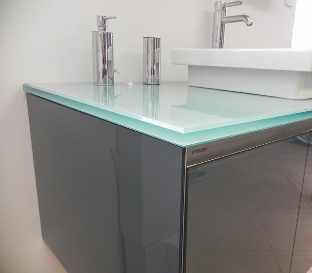 Bathroom sink glass counter modern vanity tops and side splashes other by cristallo sp for Glass bathroom sinks countertops