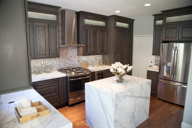 Kensington Mist Grey Kitchen Cabinets Contemporary