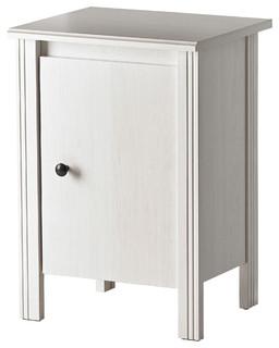 brusali bauhaus look nachttische von ikea. Black Bedroom Furniture Sets. Home Design Ideas