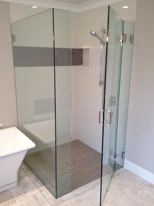 Handy Bathroom Accents pics