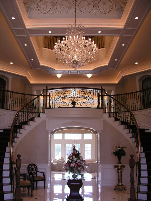 Staircase Home Foyer : Grand foyer