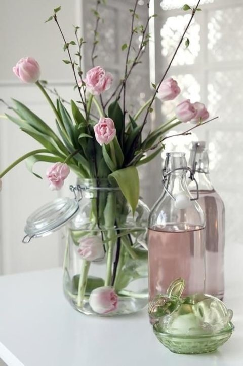 51 Adorable Tulips Arrangements For Spring Home Decor