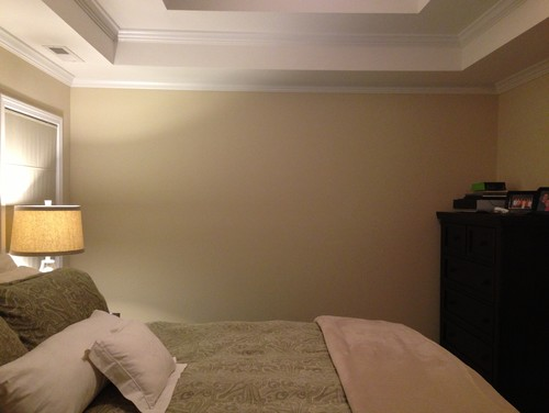 Blank wall in bedroom for Four blank walls