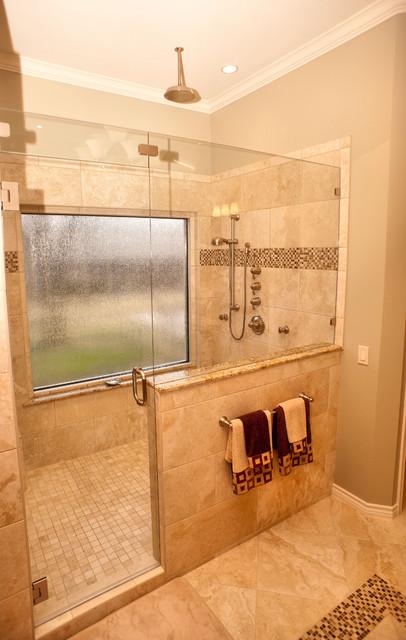 Remarkable Bathrooms - dallas - by Dallas Renovation Group