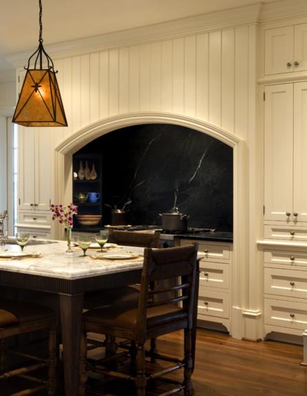 Kitchen Stove Amp Soapstone Backsplash In Recessed Segmental