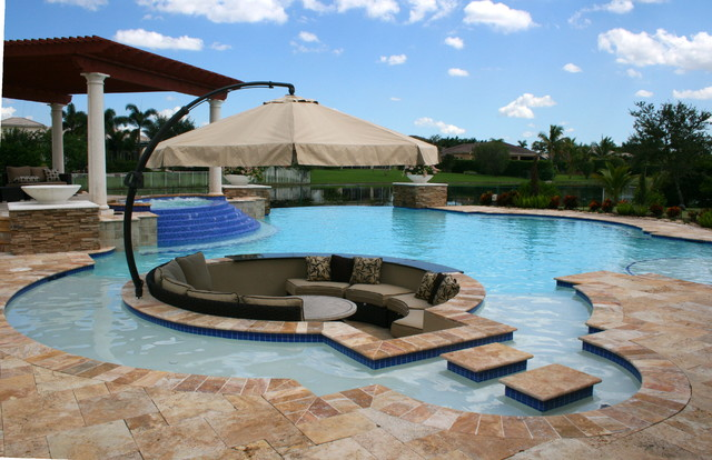 Custom Luxury Pools