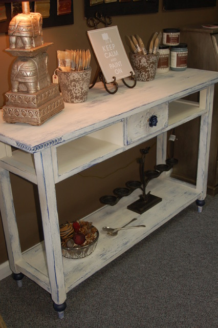 white distressed end tables 2