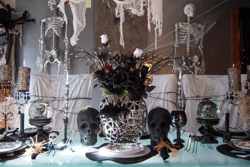 Holiday Decorating: Halloween to the Max Greg + Nancy, Poland, Ohio