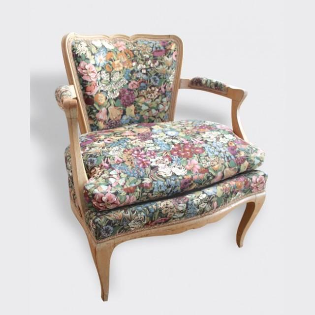 s 39 asseoir classique fauteuil autres p rim tres par. Black Bedroom Furniture Sets. Home Design Ideas