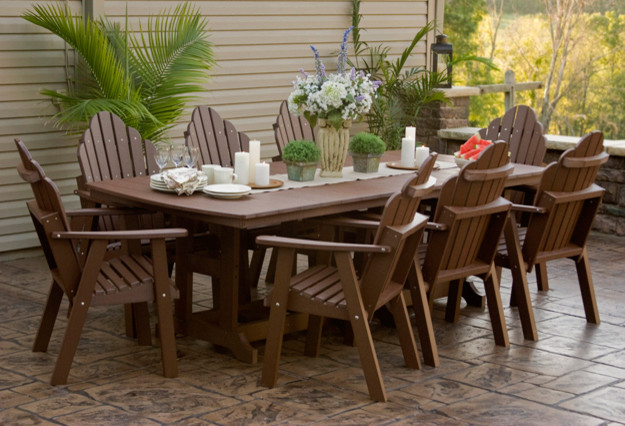 Outdoor living traditional outdoor dining sets other for Traditional garden furniture