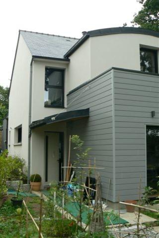 Habitation neuve moderno other metro di lm conception for Assurance habitation maison neuve