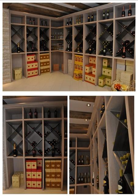 Dove mettere le bottiglie di vino eclettico for Scaffali per vino ikea