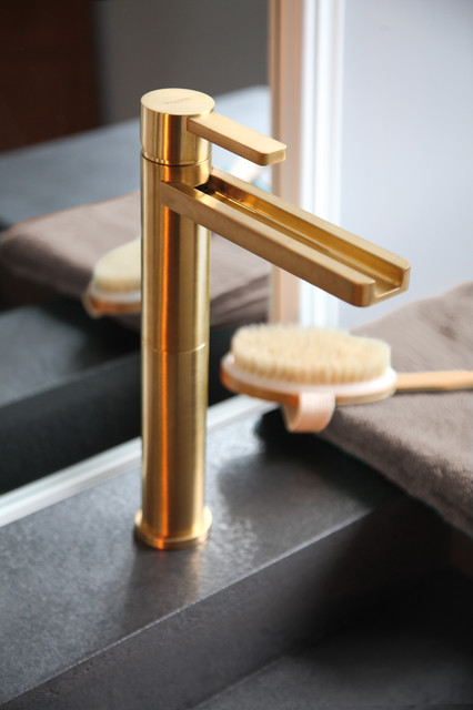 Aqua Brushed Gold Bathroom Faucet Bathroom Sink Faucets By Maestrobath