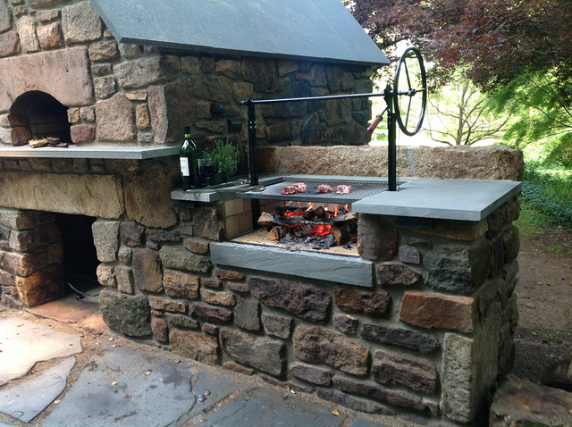 Solebury wood burning brick oven and argentinian wood grill - Barbecue argentin ...