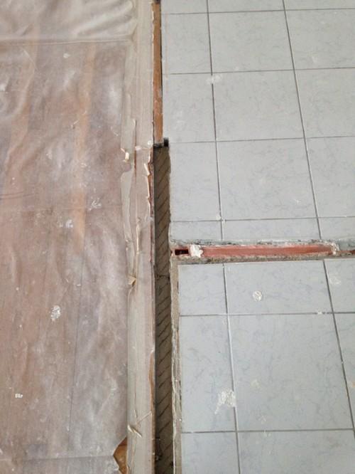 Help comment rattraper le sol suite la destruction des cloisons - Faire un ragreage sur du carrelage ...