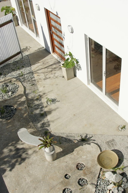 Perth Landscaping Minimalist Contemporary perth by